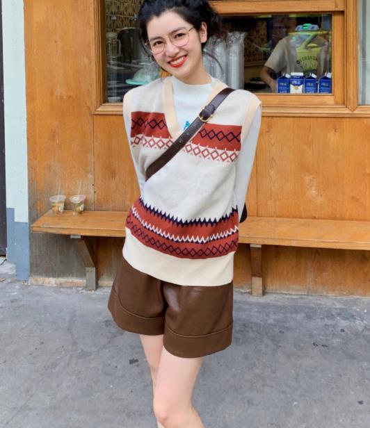 秋装穿搭没有思路?时尚潮人教你简约又时尚的气质穿搭,轻松上手