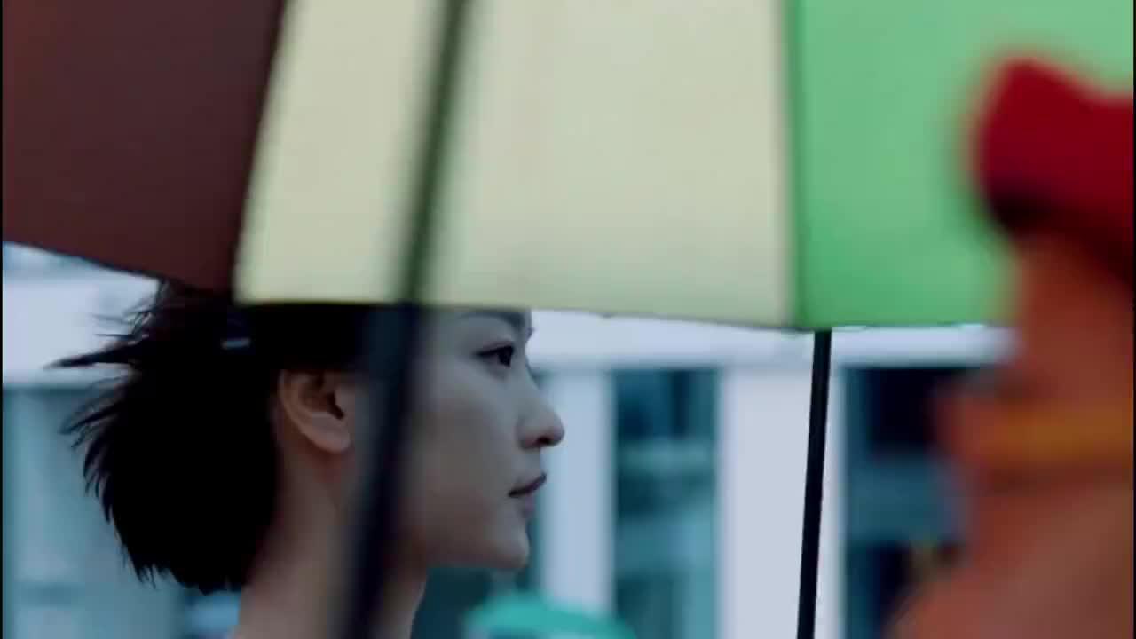 刀郎云朵一曲《爱是你我》百听不腻,极具代入感,勾起满满的回忆