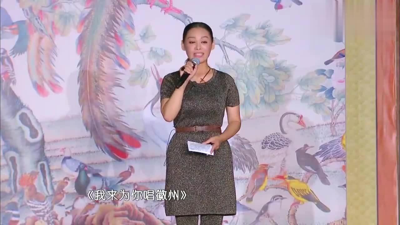 何炅催化妆老师,还有一个到林青霞出场,林青霞一听超紧张