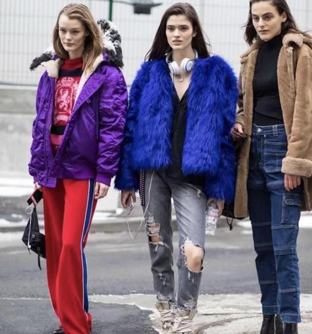 扔掉老气的小脚裤吧!这5款下装才真时髦!足够搭遍整个秋冬衣橱