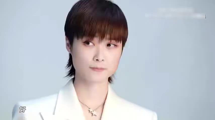 中国好声音:幕后花絮曝光,李宇春录制的现场收到超大快递