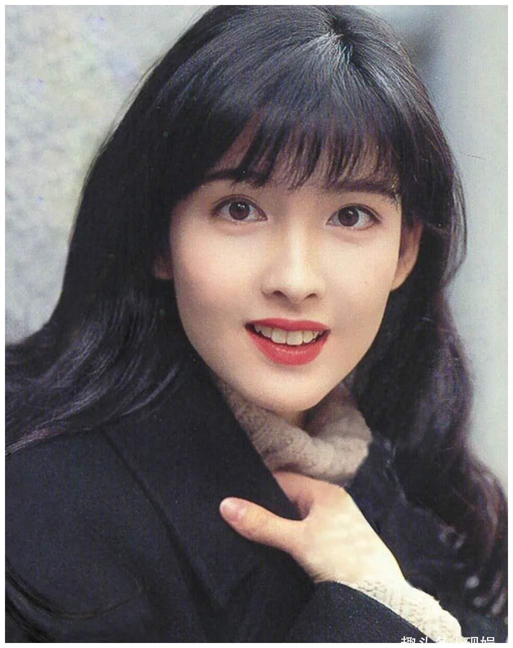 90年代香港四大美女,周慧敏上榜,最后一位最有气质!
