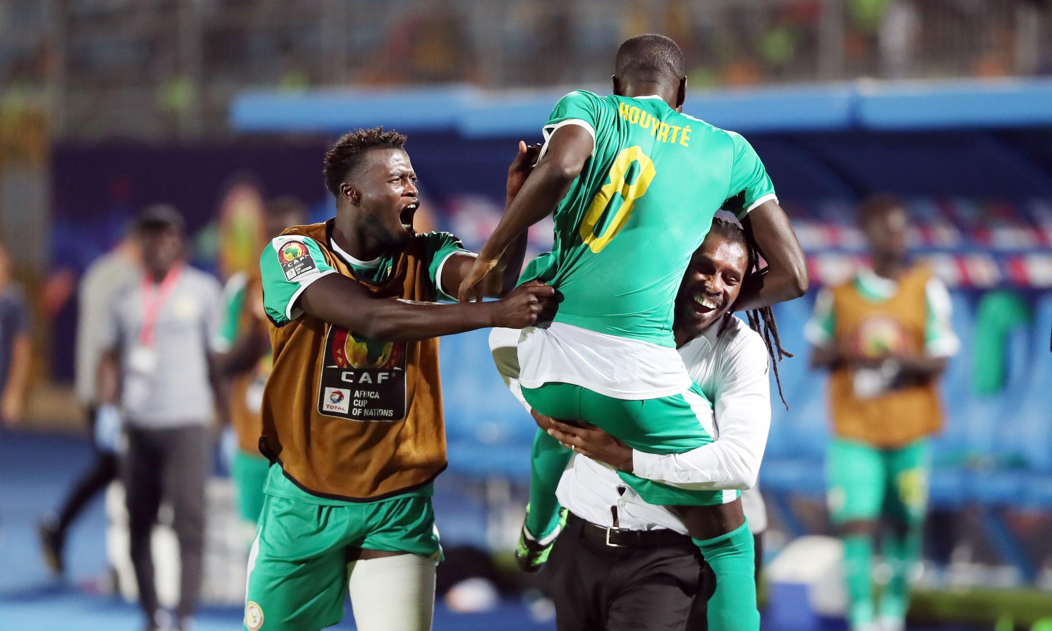 足球——非洲杯半决赛:塞内加尔胜突尼斯晋级决赛