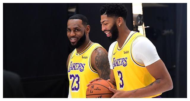 NBA合同窗口期日期公布,此阶段或对30支球队全都有关键作用