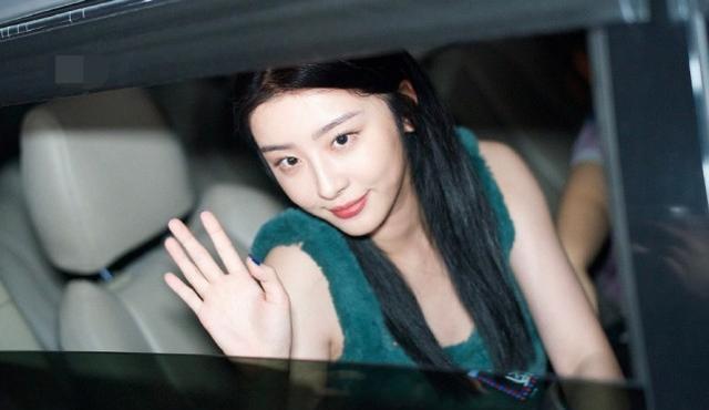 赵小棠毕业照撞脸王祖贤,当她穿上古装后那个聂小倩又回来了