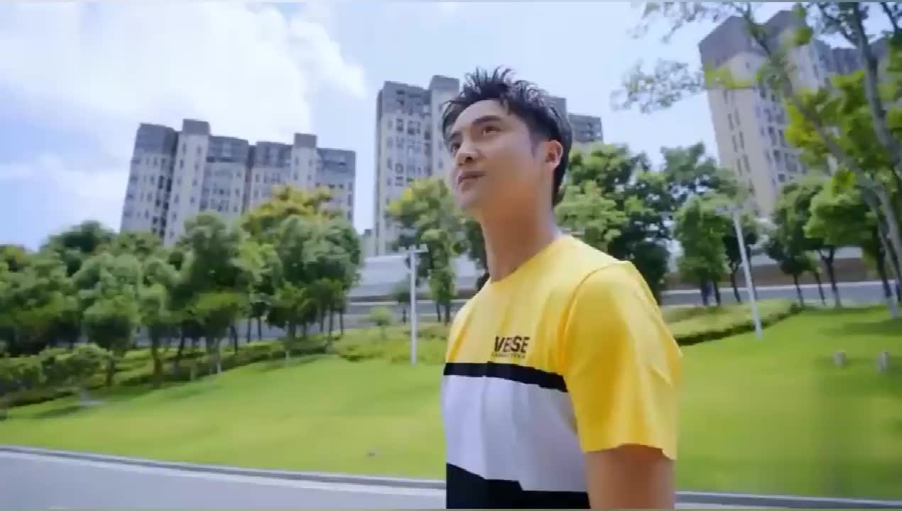 小巨人运动会:田亮郑希怡汪苏泷许佳琪陈立农展现自己特点!