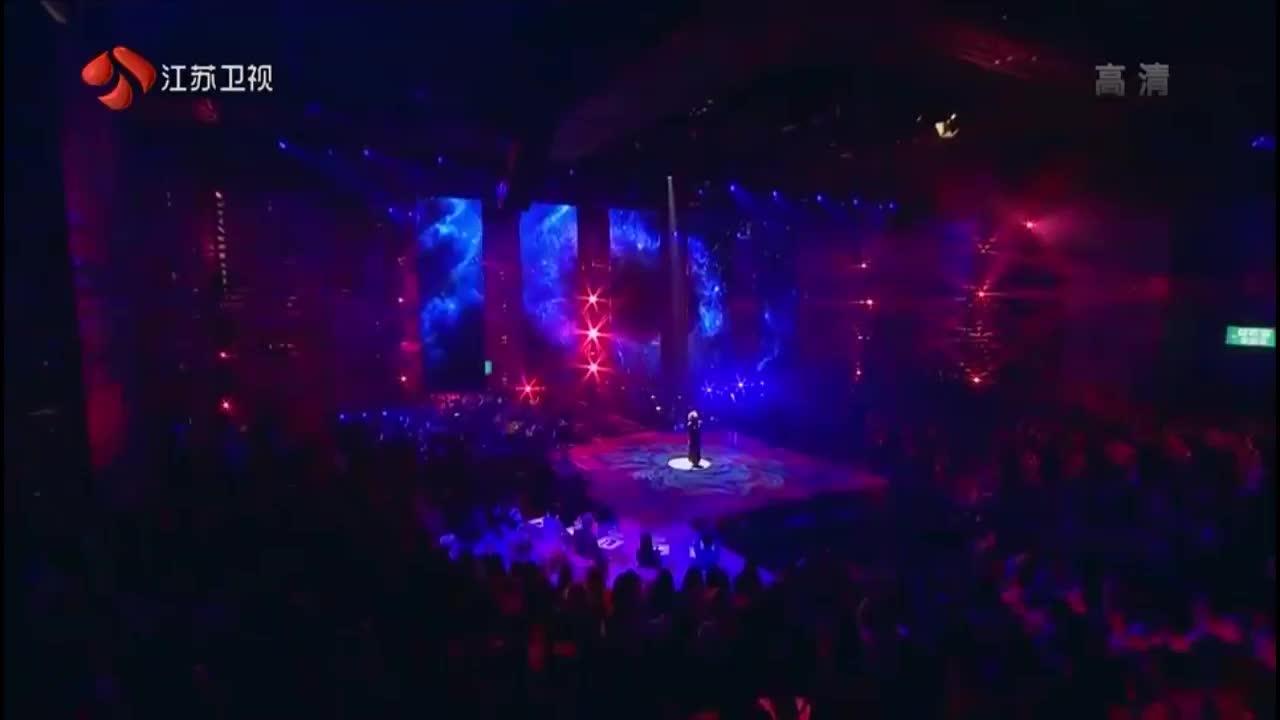 金曲捞:杜丽莎演唱《爱的根源》,前辈就是不一样,太深情了!