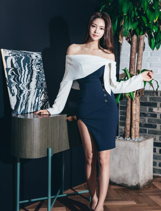 朴正允:排扣开叉连衣裙,一字肩和荷叶边的时尚搭配