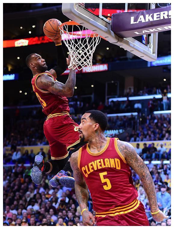 突发!NBA公布最新裁判报告,詹姆斯赢球又赢人,乔治输球又输人