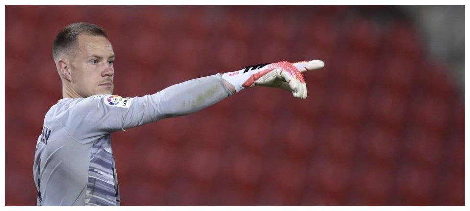 巴塞罗那方面也准备和德国人续约,西甲豪门不愿意放走28岁的世界级门将。