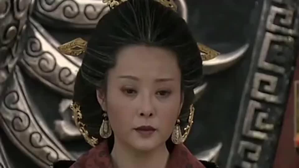 母仪天下:萧育替政君揽下罪行,对太后鞠躬尽瘁,不向傅瑶低头!
