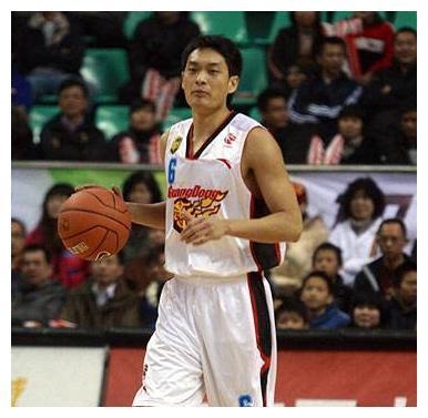广东男篮最可惜的球员,17岁惊艳世界篮坛