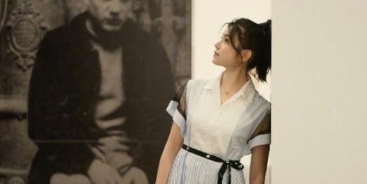陈妍希被宠成了孩子,当妈妈后反而比单身时还嫩,真是嫁给了爱情
