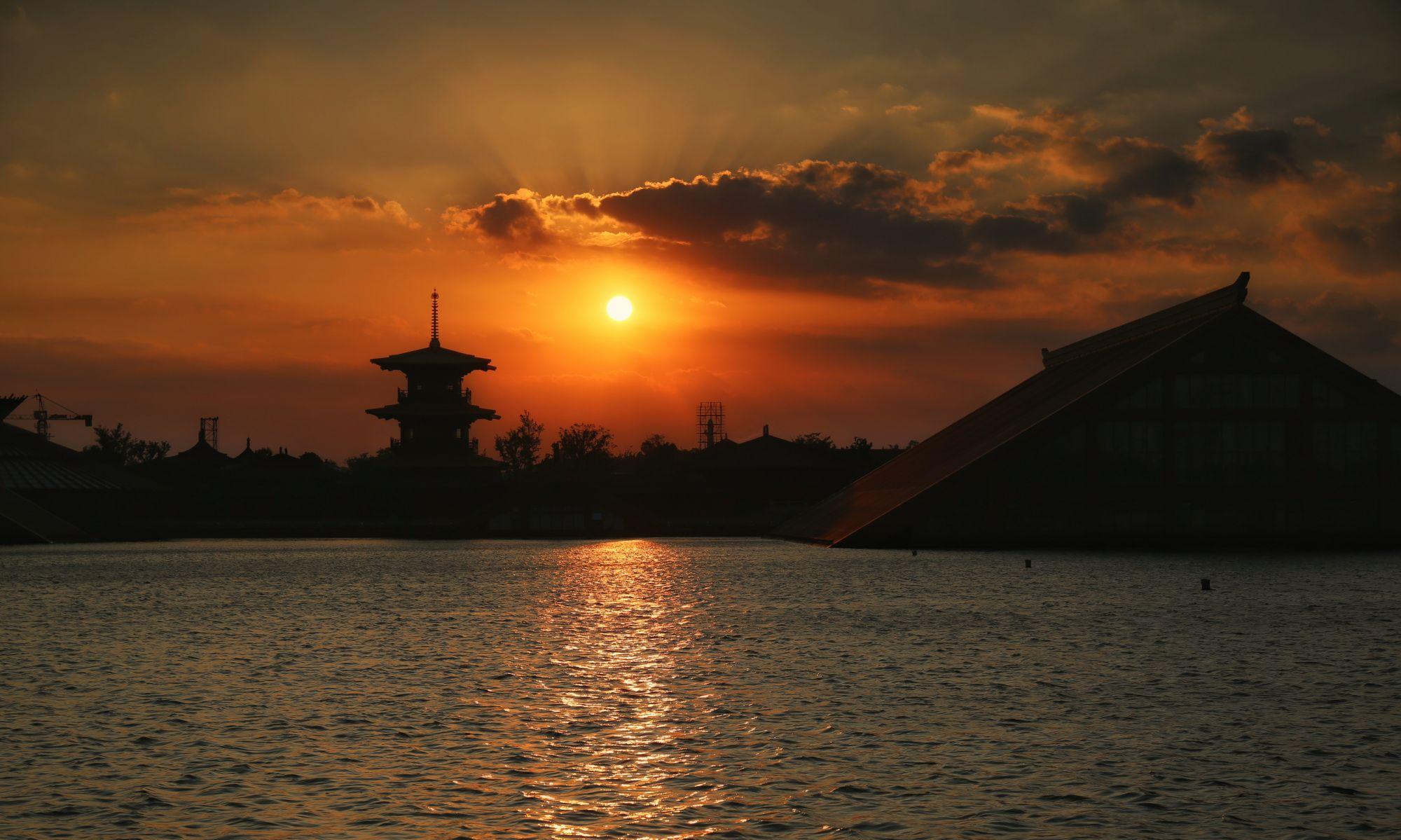 广富林遗址公园,就在松江大学城