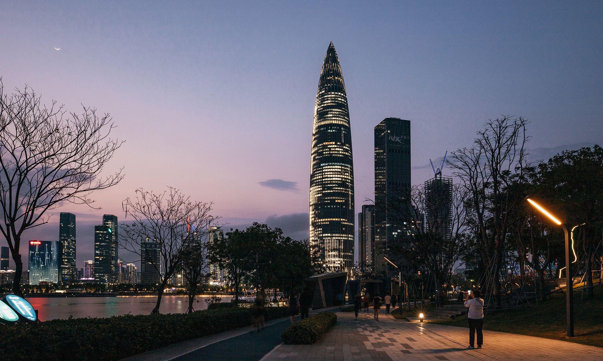 实现关于夜的全部幻想:深圳人才公园超震撼夜景