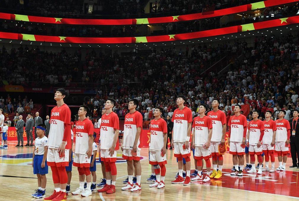 连续致命失误,中国男篮加时赛不敌波兰