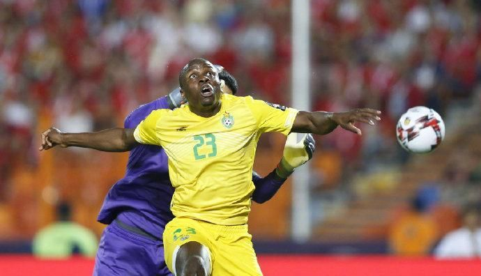非洲杯上的中超身影仅剩1位,偏偏申花球迷呼唤他回来保级!