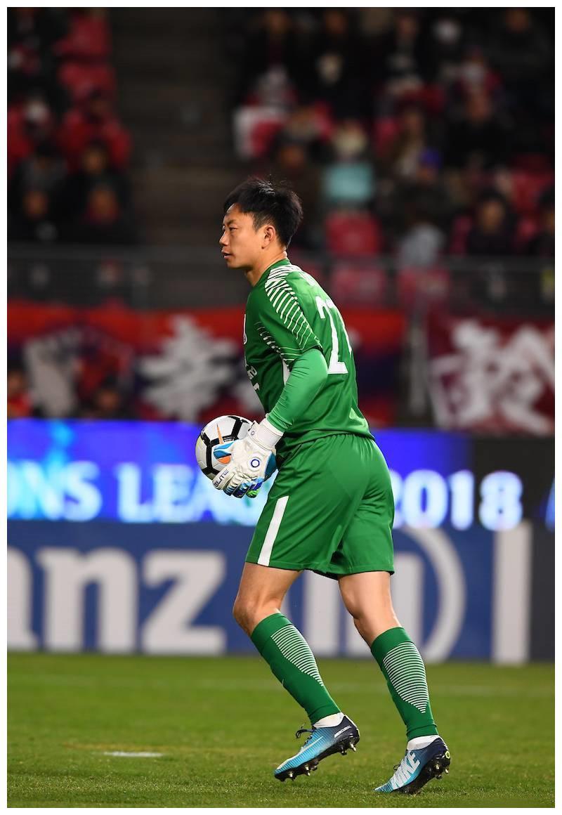 坐等退役!38岁的李帅在申花已没有位置,两个亚冠冠军笑傲中超