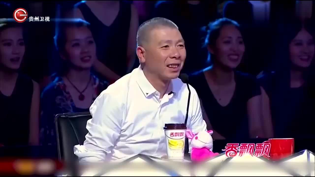 长春节目主持人登台演出,竟是郭德纲徒弟,刻意避嫌!