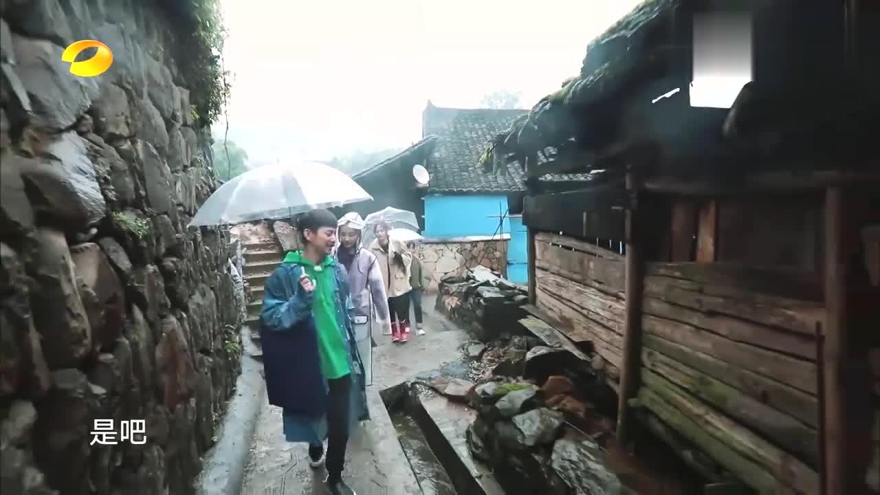 向往:张子枫送照片被点燃木工之魂,何炅一句话,妹妹瞬间笑惨!
