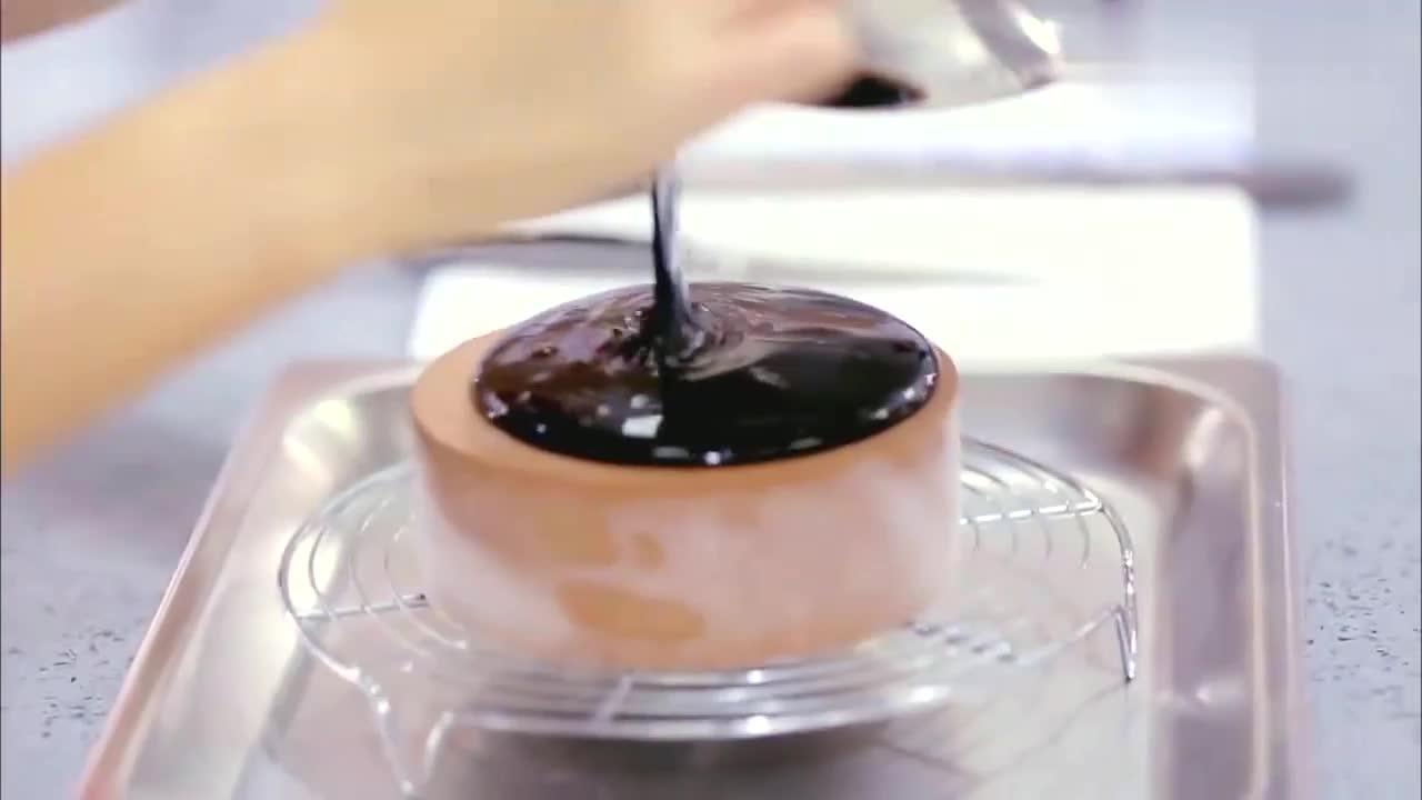 汪涵做坏甜点,惩罚自己把巧克力喝掉,谢娜:你确定这是惩罚么
