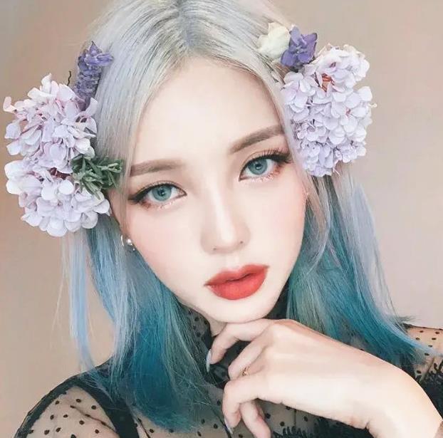 韩国彩妆女神Pony 国色天香能化会写 异域穿搭美轮美奂