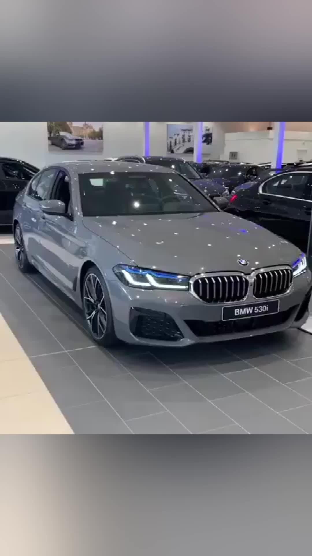 视频:新款宝马5系实车 很运动的造型