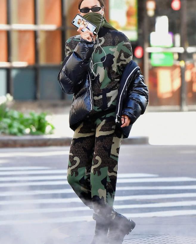 超模Irina Shayk伊莉娜·莎伊克 纽约最新街拍