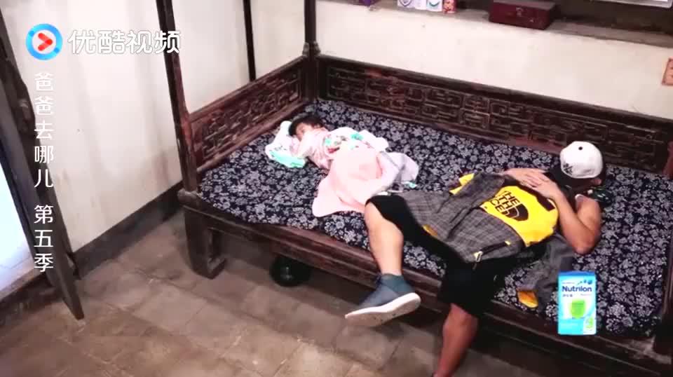 爸爸去哪儿:衣柜里传来敲击声,当时刘畊宏吓呆了