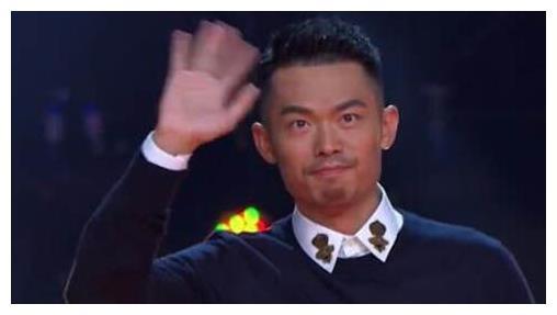 中国体育巨星一个个退役,林丹姚明李娜刘翔载入史册,谁能接班?