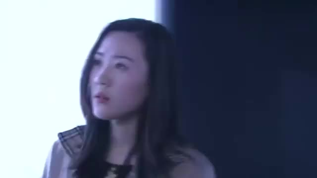 影视:目击证人来警局提供线索,哪料看完照片后,一口咬定就是她
