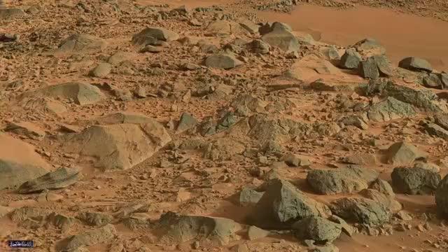 看!这就是火星的表面,由好奇号探测器拍摄