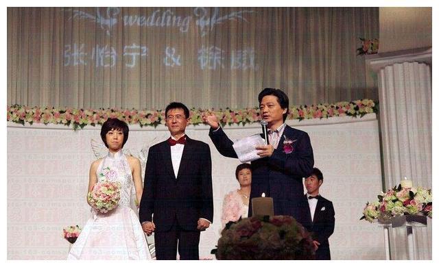 乒坛大魔王张怡宁,和大20岁富豪婚后很恩爱,如今儿女双全