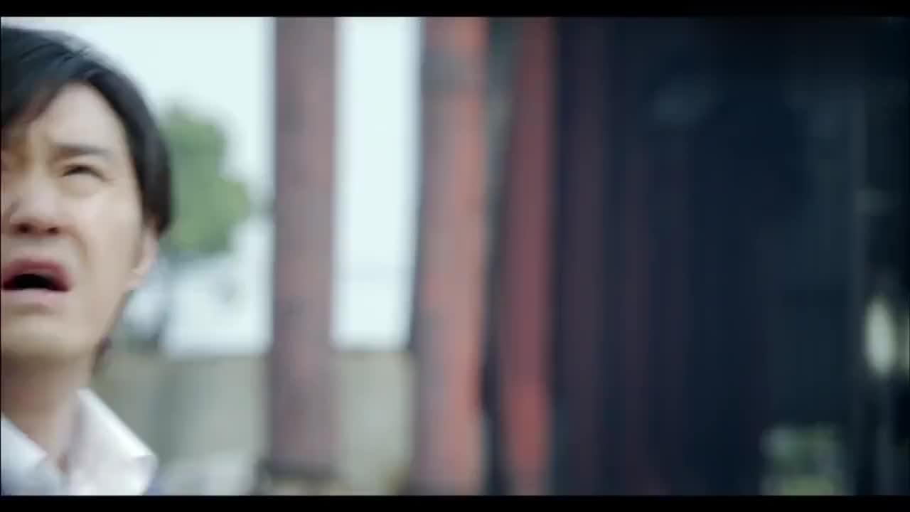 姐妹兄弟:长青担心周丽萍,跑到吊车上接她,接下来的事真惊心!