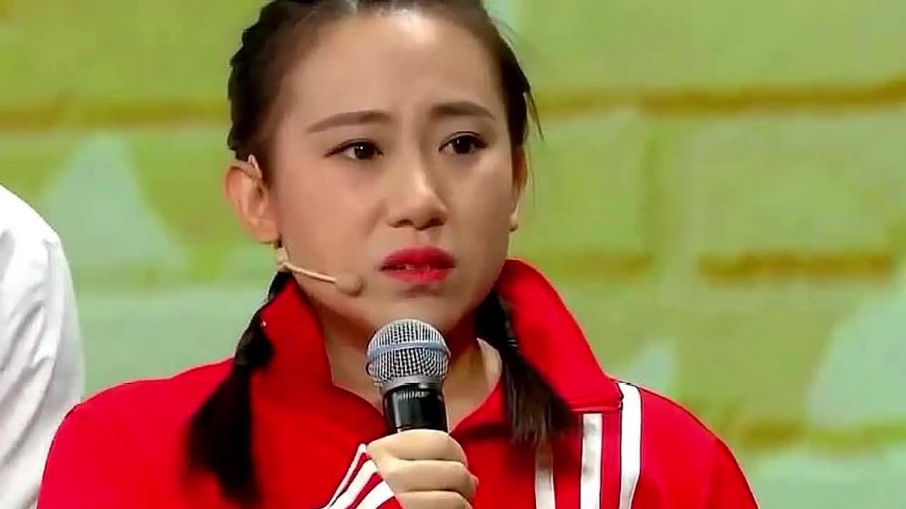 曾上央视春晚火遍全国,因离婚被赵本山封杀,如今落魄回家种地