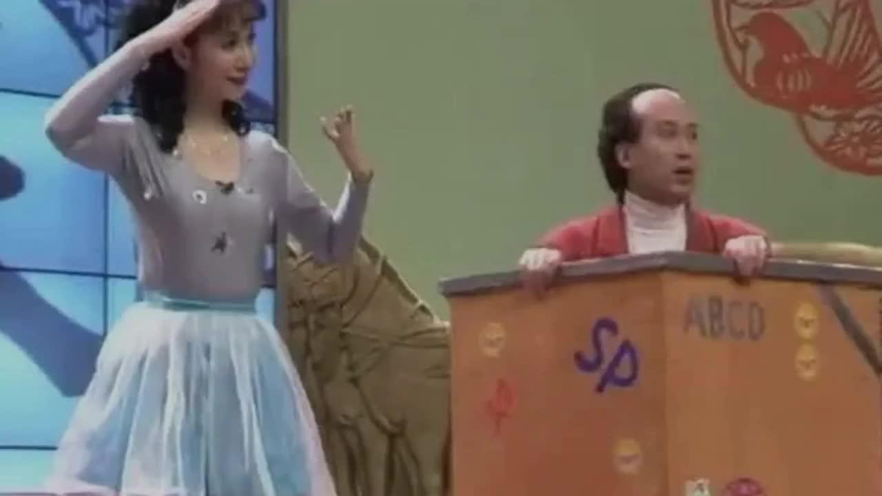 《千手观音》聋哑领舞邰丽华,被富豪苦追8年,44岁令人羡慕