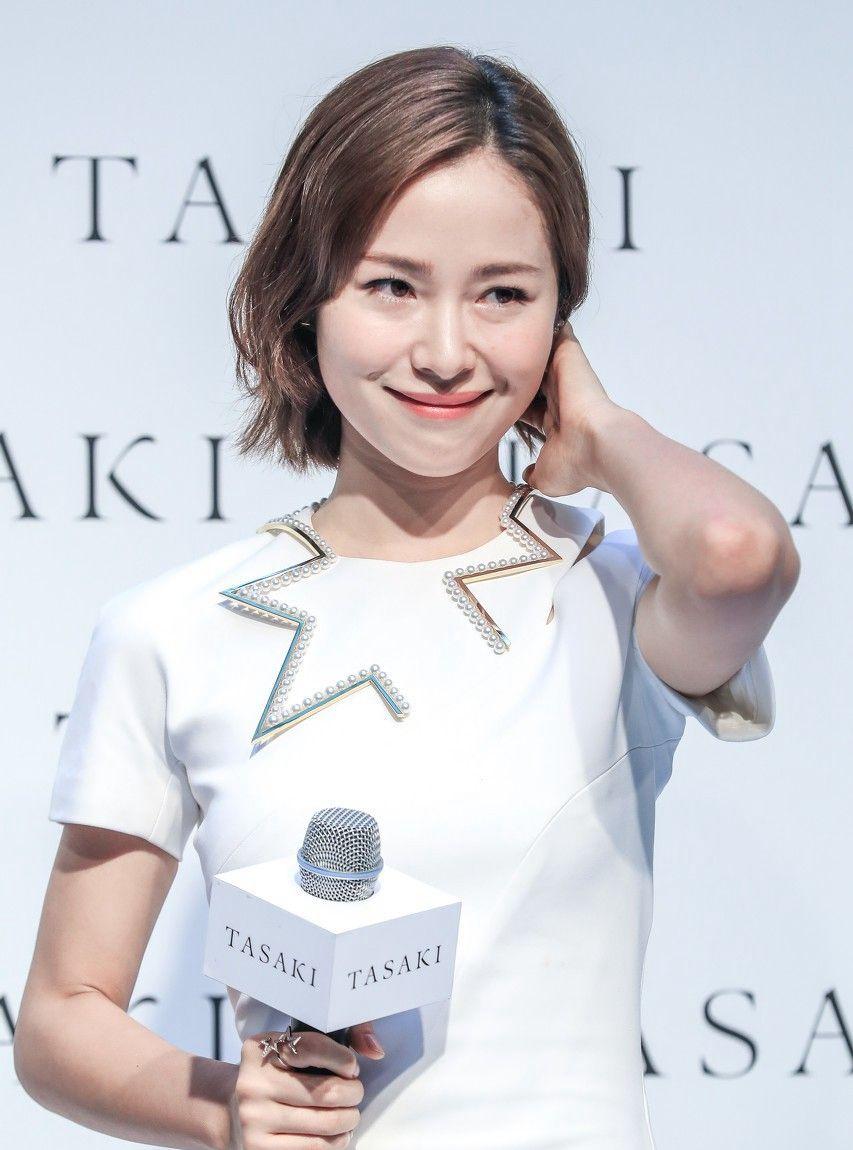 """江一燕娱乐圈""""最懂自己""""的女演员,自信知性的女人最迷人!"""