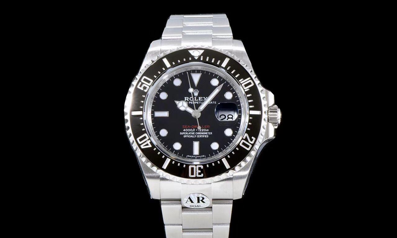 浸在岁月的回忆里 品鉴劳力士全新红字海使型潜水腕表