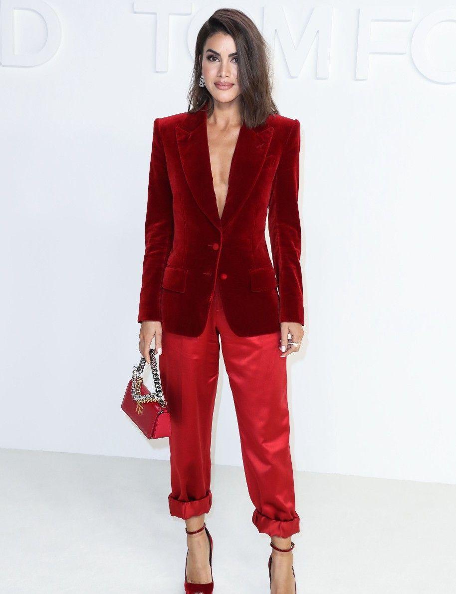巴西时尚博主卡米拉·科埃略,出席好莱坞时尚活动,高级红