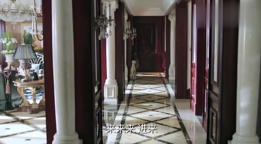 男子带着众人来到陈江河家,竟一点规矩都不懂,太不要脸了