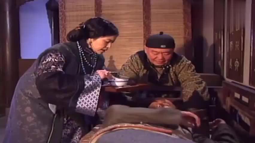 草民县令:张富贵良心发现,为了何小春的安全,豁命陪大爷喝酒