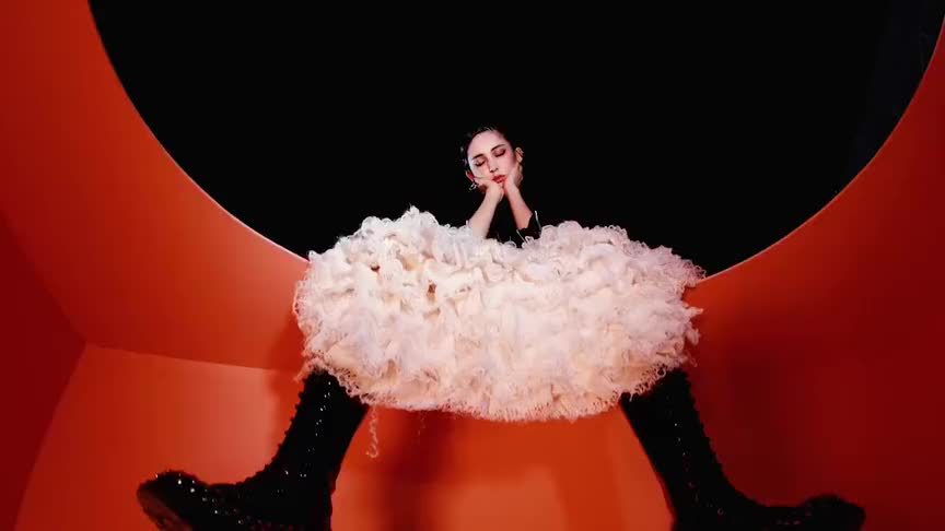 """娜扎大胆尝试""""透视裙""""出镜,只薄薄一层纱,和不穿有什么区别"""