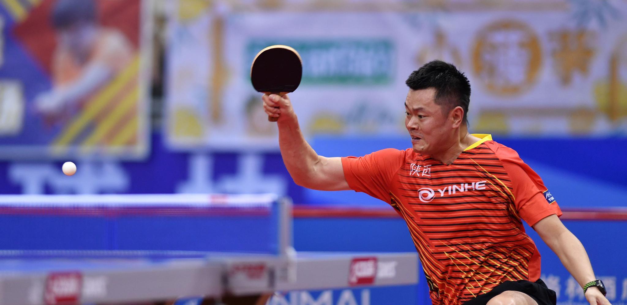 乒乓球——全国锦标赛:侯英超胜梁靖崑