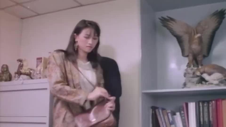 任达华鸠占鹊巢架空董事长千金只允许她处理一万块以下的事