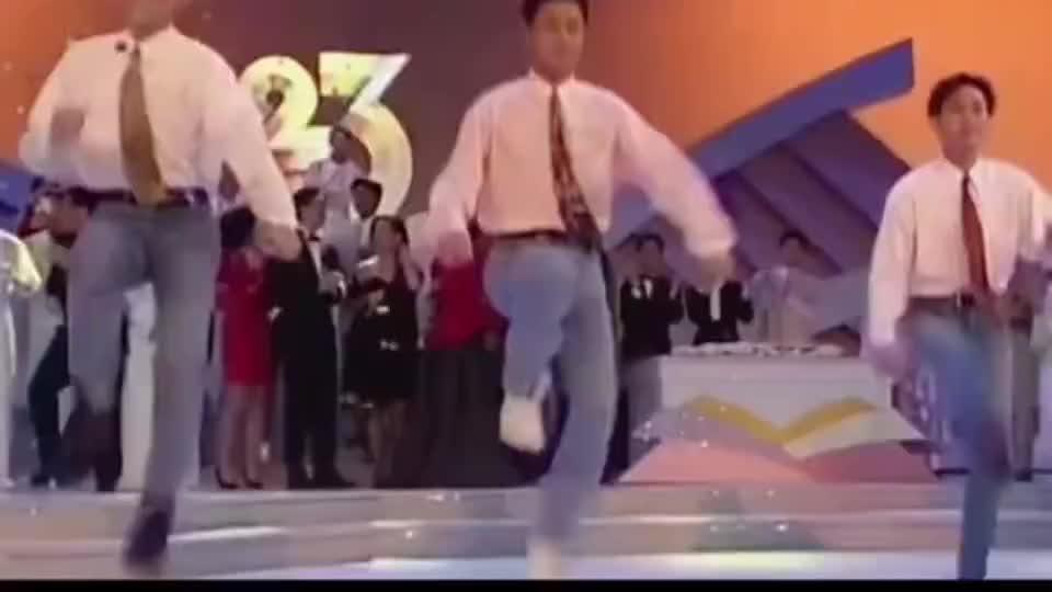 草蜢《失恋》一首很有魔力的歌曲,听到就想跳舞,粤语经典