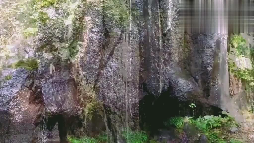长白山十五道沟自驾,聆听望天鹅大峡谷的声音,简直太壮观了