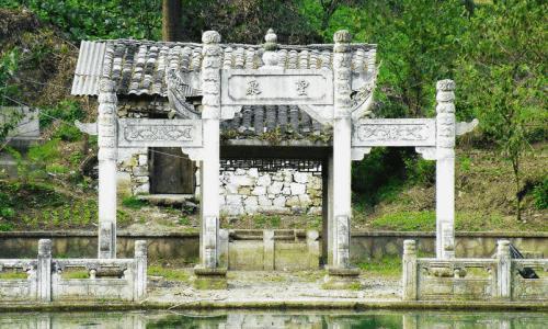 传说中起死回声的圣泉有什么奥妙吗
