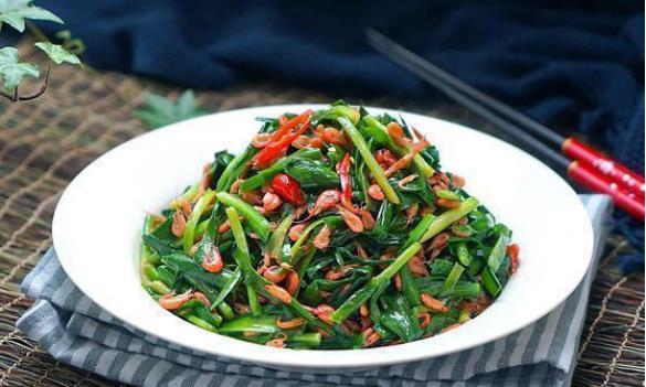 美食严选:韭菜炒河虾,脆皮糯米鸡,土豆炖牛肉,干豆角红烧肉