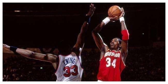 NBA史上最强一阵,若这五人在一同,这球就无法打了