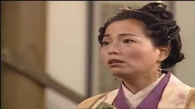 李靖要杀哪吒,媳妇急了拔剑就干,李靖这才知自己干不过老婆